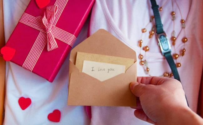 Gợi ý quà tặng sinh nhật người yêu giúp bạn ghi điểm