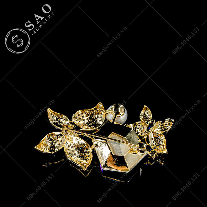 Cài áo bướm bên pha lê SAO - C299