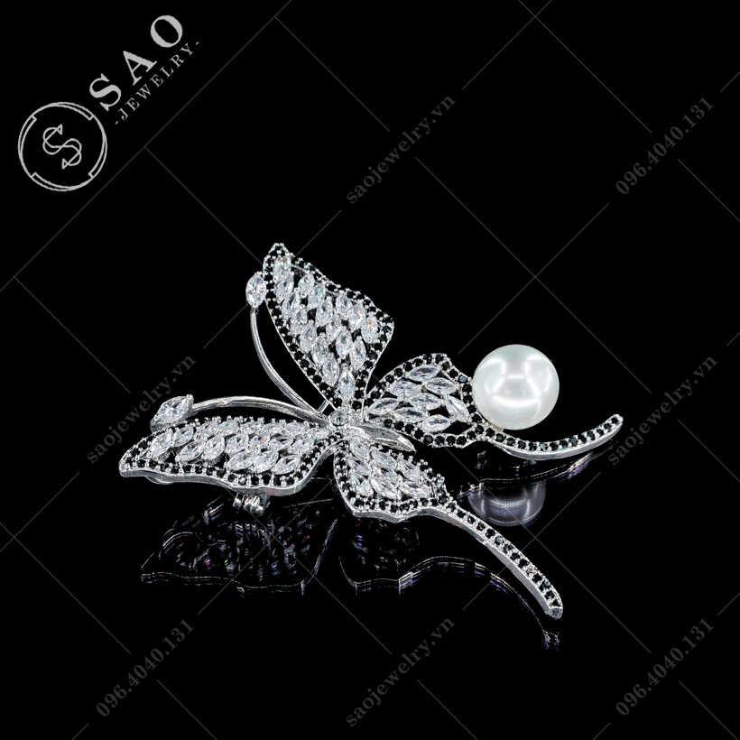 Cài áo nữ bướm đính ngọc trai cao cấp SAO - C328