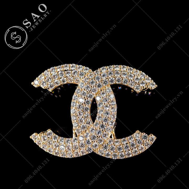 Cài áo Chanel đính đá zircon sang trọng SAO - C481