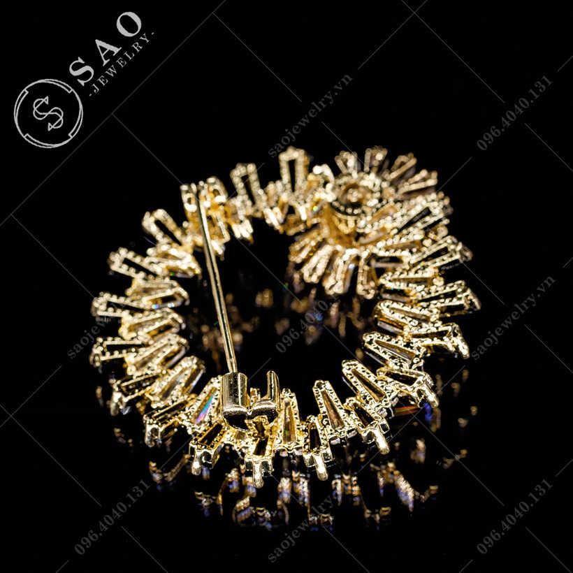 Cài áo nữ hoa cúc vòng tròn pha lê SAO - C310