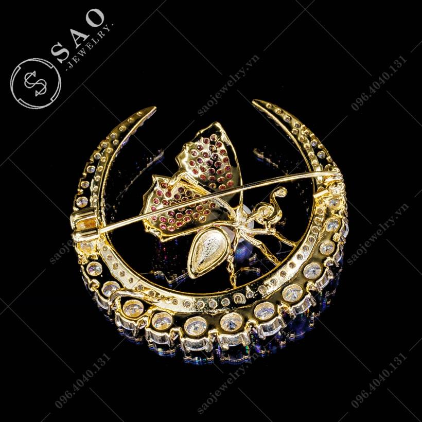 Cài áo kiến vàng đính đá cao cấp SAO - C47