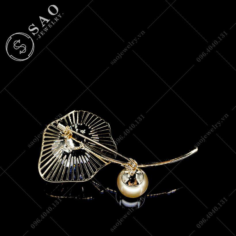 Cài áo lá bạch quả cao cấp SAO - C301