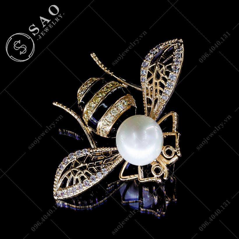 Cài áo nữ ong vàng sang trọng SAO - C91