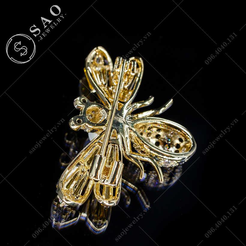Cài áo ong vàng sang trọng SAO - C374