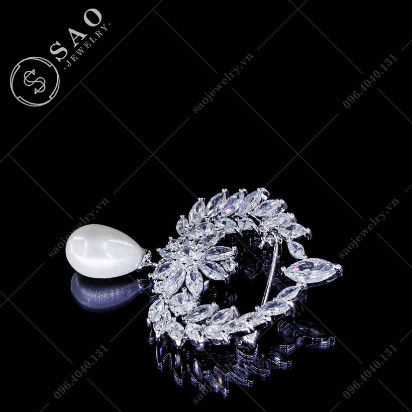 Cài áo vòng đá lấp lánh SAO - C37