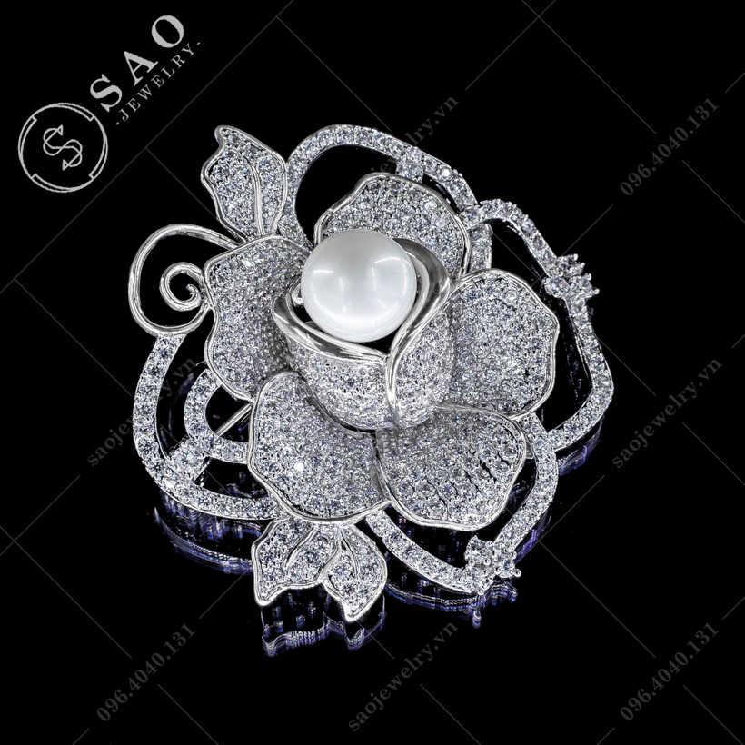 Hoa cài áo hồng bạc khoe sắc sang trọng SAO - C78