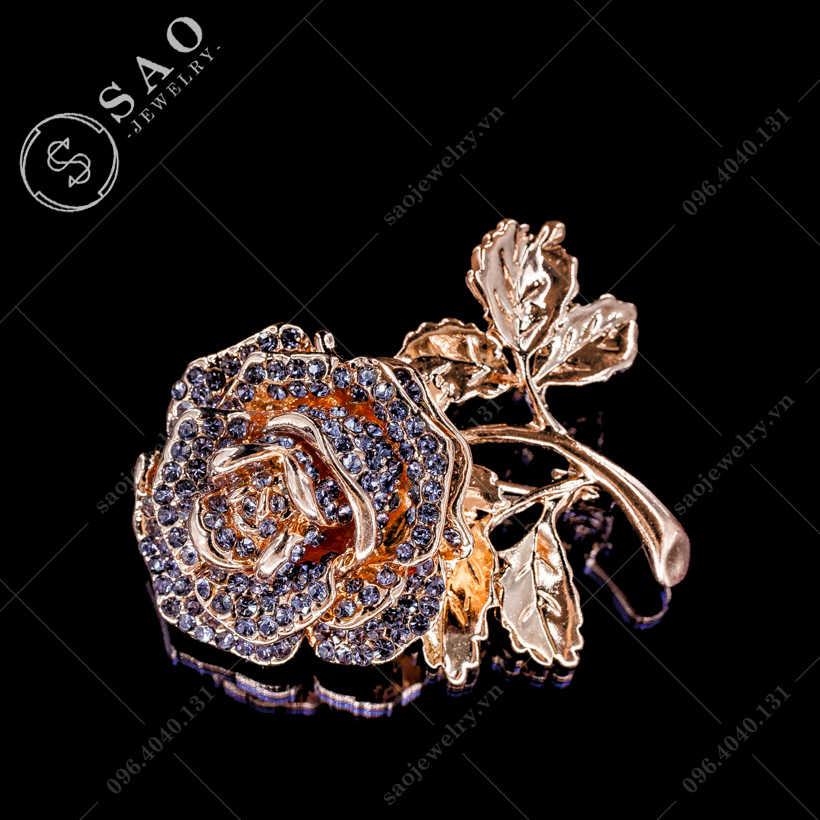 Hoa cài áo hồng thanh lịch SAO - C297
