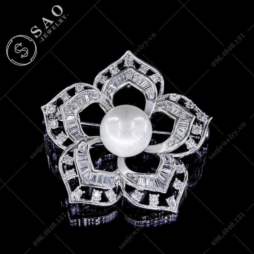 Hoa cài áo mai bạc đính đá hàn quốc SAO - C66