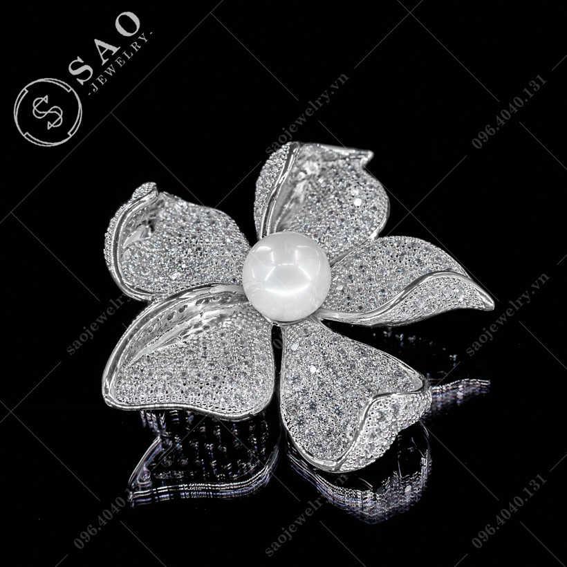 Hoa cài áo mai bạc hàn quốc SAO - C352