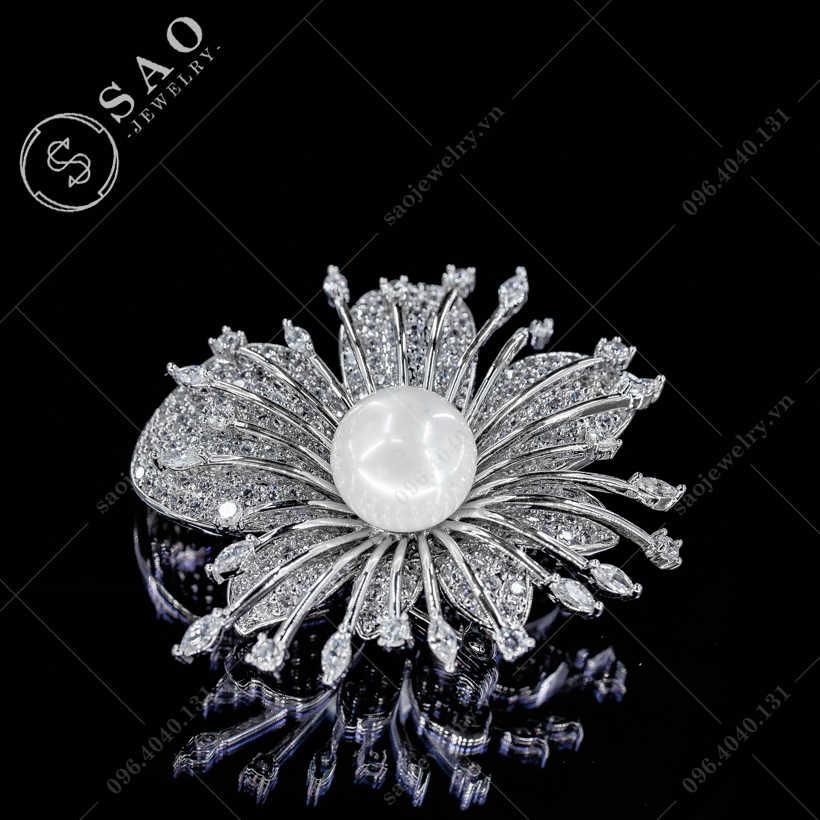 Hoa cài áo hồng nở rộ cao cấp SAO - C367