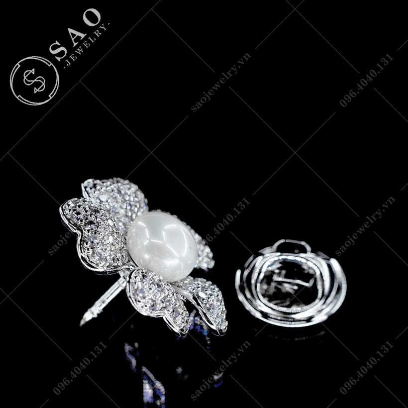 Khuy cài áo hoa trái tim SAO - K37
