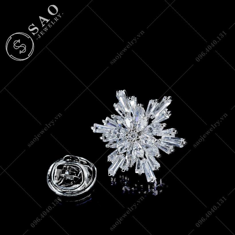 Khuy cài áo hoa tuyết SAO - K20